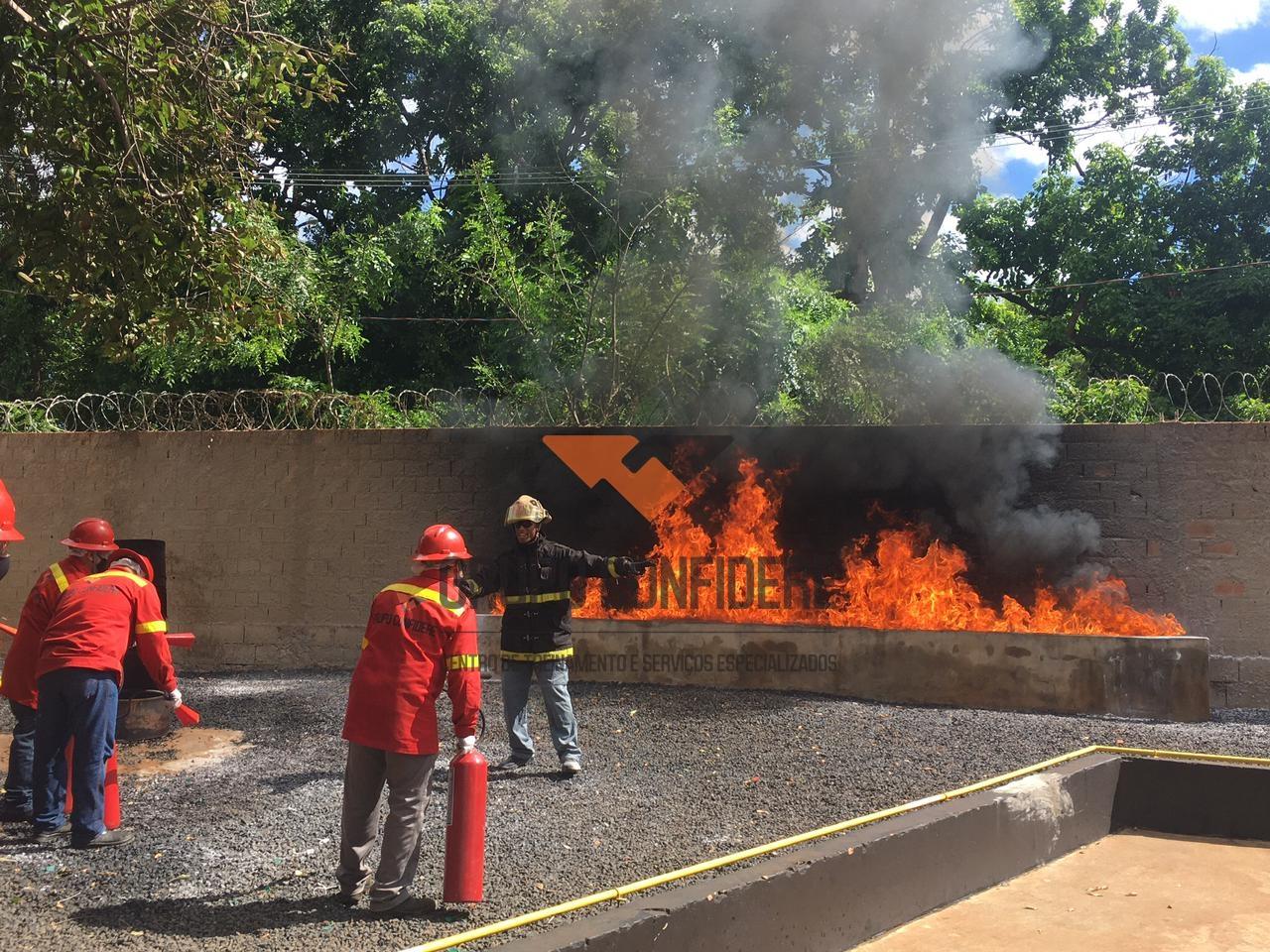 Curso de capacitação em brigada de incêndio